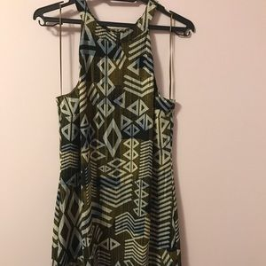 Size s - le chateau green sleeveless dinner dress